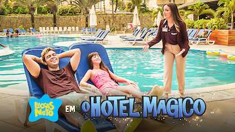 Luccas Neto em: O Hotel Magico
